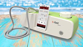 b-on-foot: Fußpflegegeräte mit Sprachsteuerung und Touchbedienung