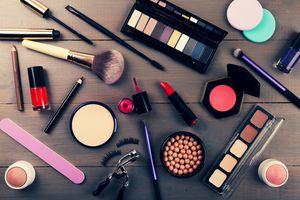 Kosmetik im großen Stil geschmuggelt